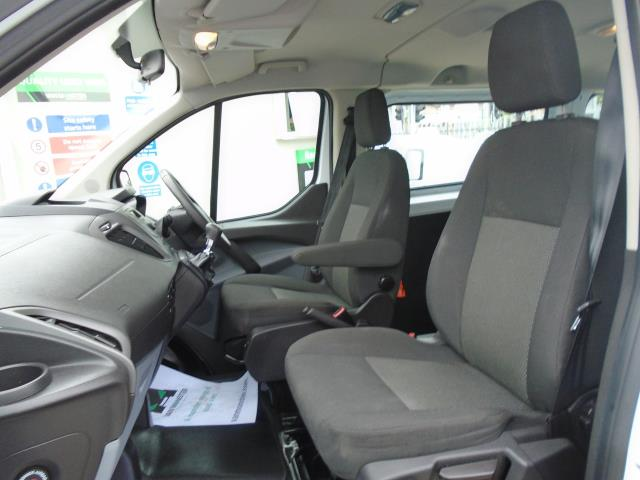 2015 Ford Transit Custom 2.2 Tdci 125Ps Low Roof Kombi Van 8 Seater With Air-Con Heated Seats (FL15XFM) Image 15