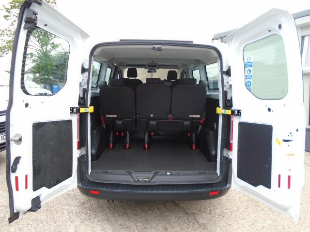 2015 Ford Transit Custom 2.2 Tdci 125Ps Low Roof Kombi Van 8 Seater With Air-Con Heated Seats (FL15XFM) Image 10