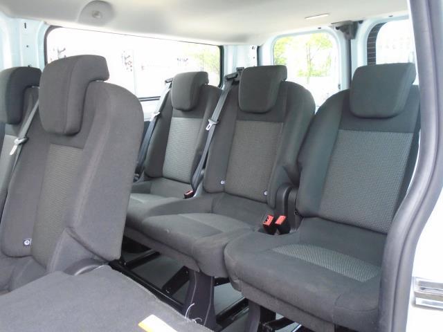 2015 Ford Transit Custom 2.2 Tdci 125Ps Low Roof Kombi Van 8 Seater With Air-Con Heated Seats (FL15XFM) Image 13