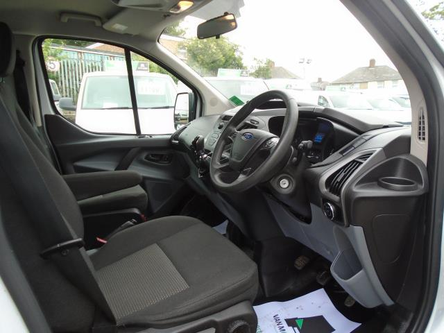 2015 Ford Transit Custom 2.2 Tdci 125Ps Low Roof Kombi Van 8 Seater With Air-Con Heated Seats (FL15XFM) Image 16