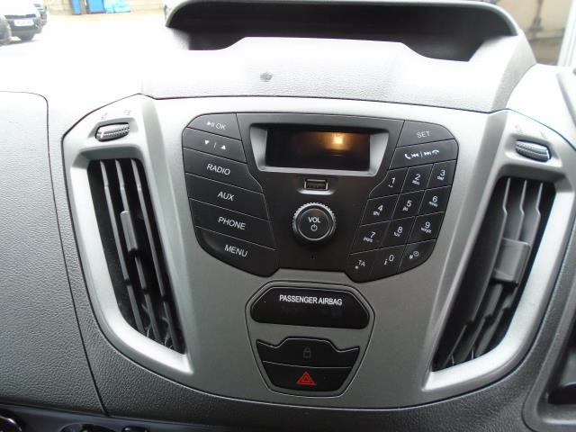 2015 Ford Transit Custom 2.2 Tdci 125Ps Low Roof Kombi Van 8 Seater With Air-Con Heated Seats (FL15XFM) Image 20