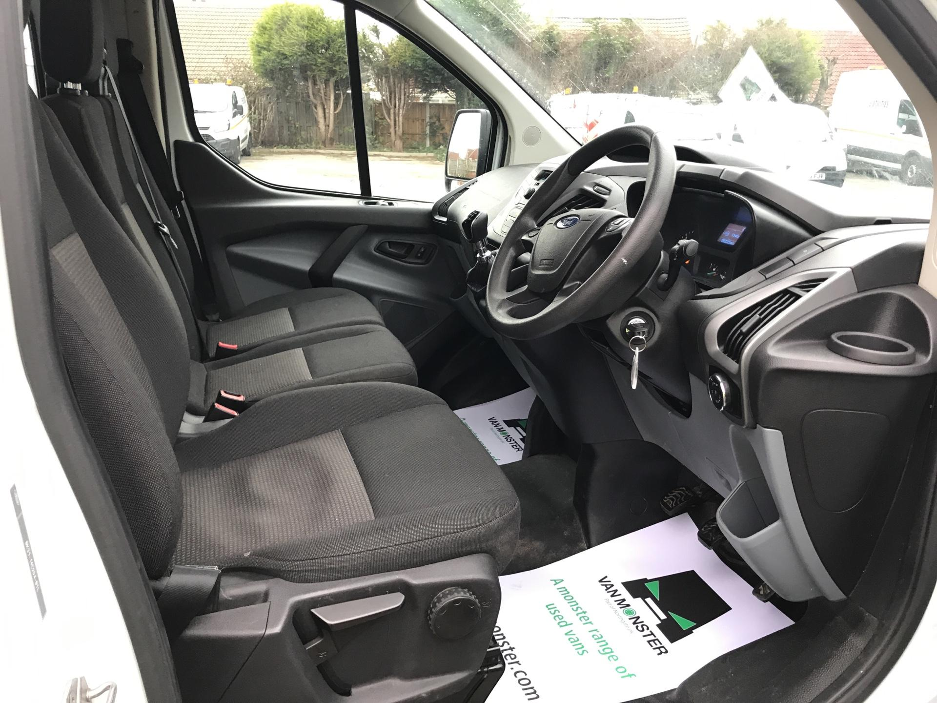 2015 Ford Transit Custom 2.2 Tdci 125Ps Low Roof Kombi Van euro 5 - VALUE RANGE - CONDITION REFLECTED IN PRICE  (FL15XJE) Image 9