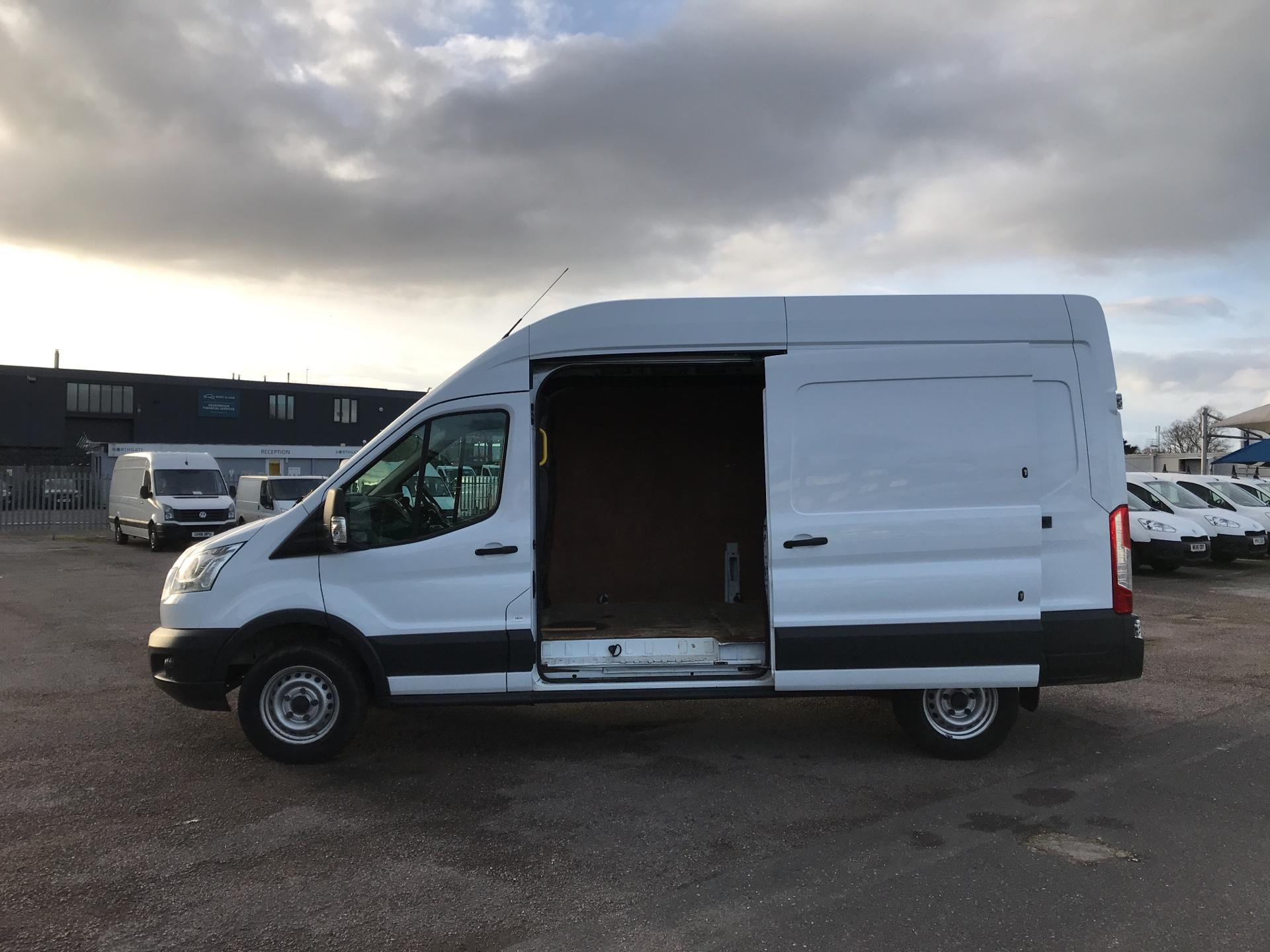 2015 Ford Transit   T350 L3 H3 Van 125PS Euro 5 *VALUE RANGE VEHICLE CONDITION REFLECTED IN PRICE* (FL15XJY) Image 20