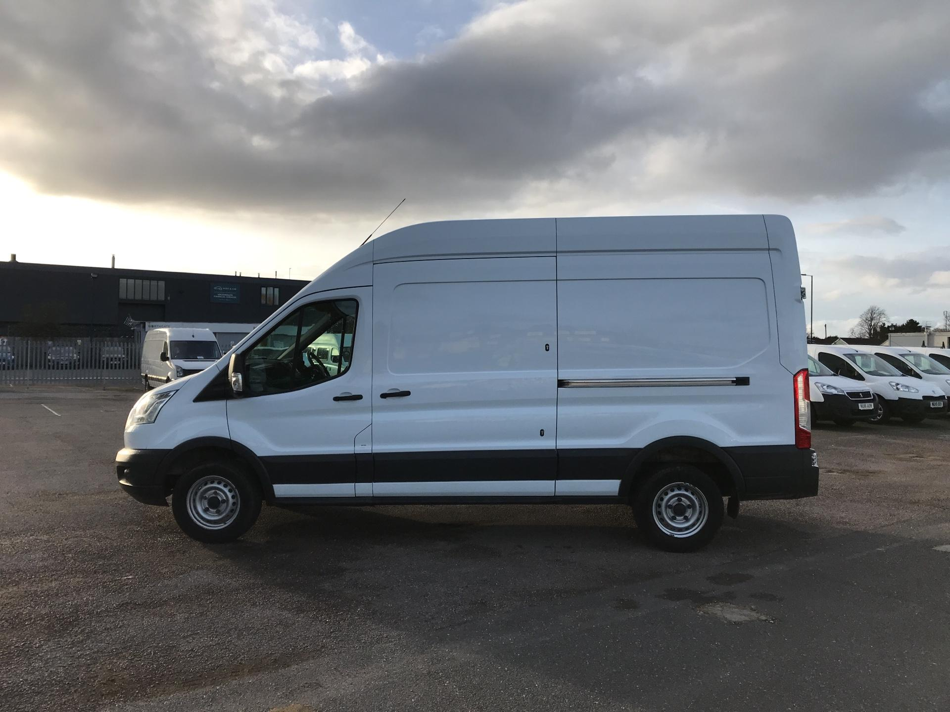 2015 Ford Transit   T350 L3 H3 Van 125PS Euro 5 *VALUE RANGE VEHICLE CONDITION REFLECTED IN PRICE* (FL15XJY) Image 6