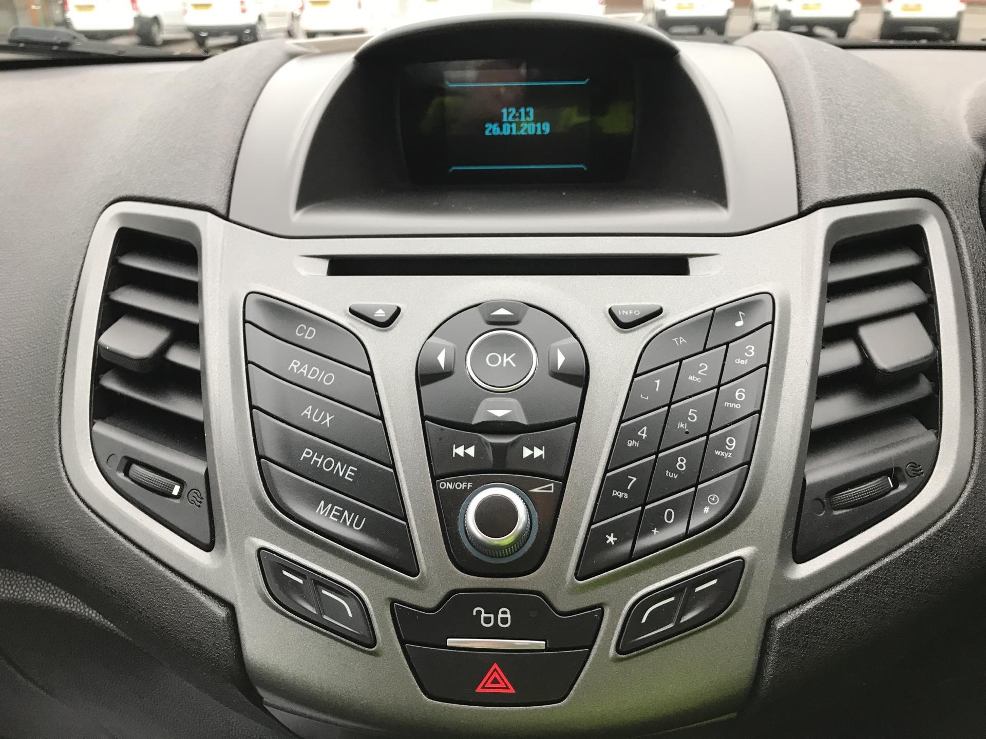 2015 Ford Fiesta  DIESEL 1.5 TDCI VAN EURO 5 AIR CON (FL15XNJ) Image 10