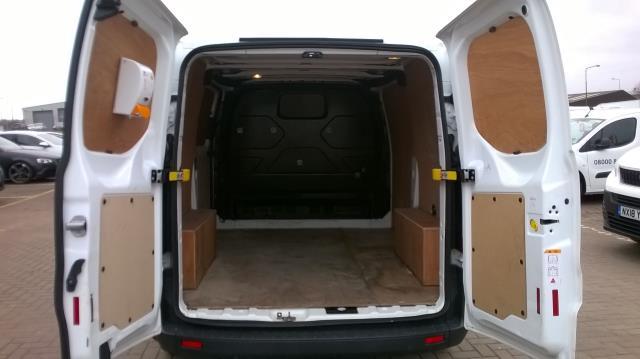 2015 Ford Transit Custom 290 L1 DIESEL FWD 2.2  TDCI 100PS LOW ROOF VAN EURO 5 (FL15XOM) Image 11