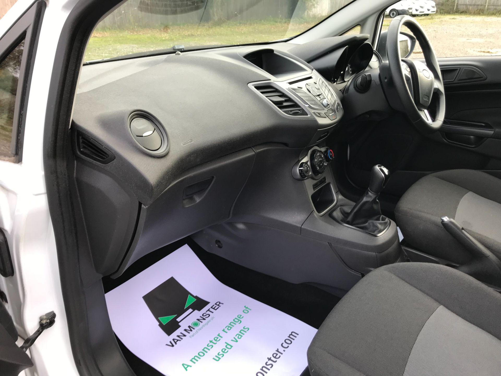 2015 Ford Fiesta 1.5 Tdci Van (FL15XVY) Image 9