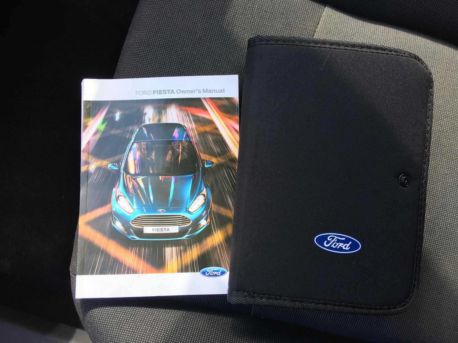 2015 Ford Fiesta DIESEL 1.5 TDCI VAN EURO 5 (FL15XWM) Image 20