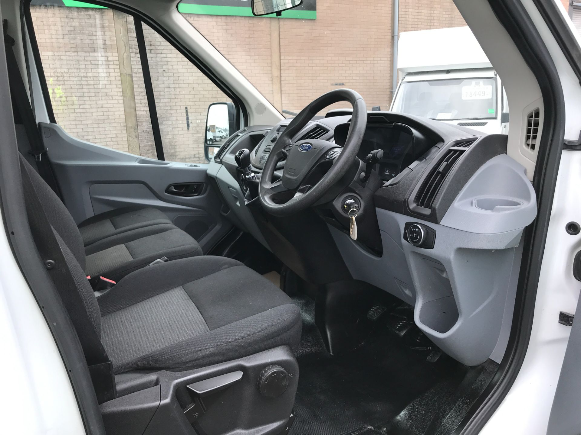 2016 Ford Transit T350 13FT SINGLE CAB DROPSIDE 125PS EURO 5 (FL16KPA) Image 14