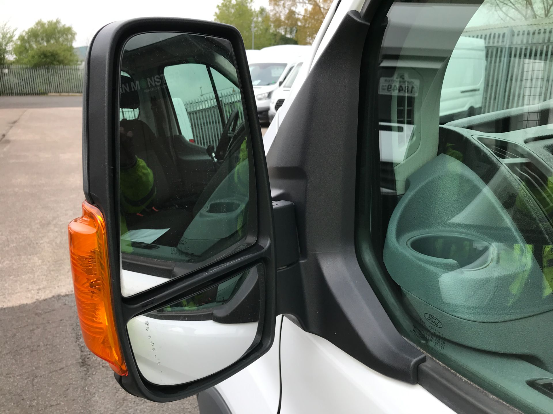 2016 Ford Transit T350 13FT SINGLE CAB DROPSIDE 125PS EURO 5 (FL16KPA) Image 24