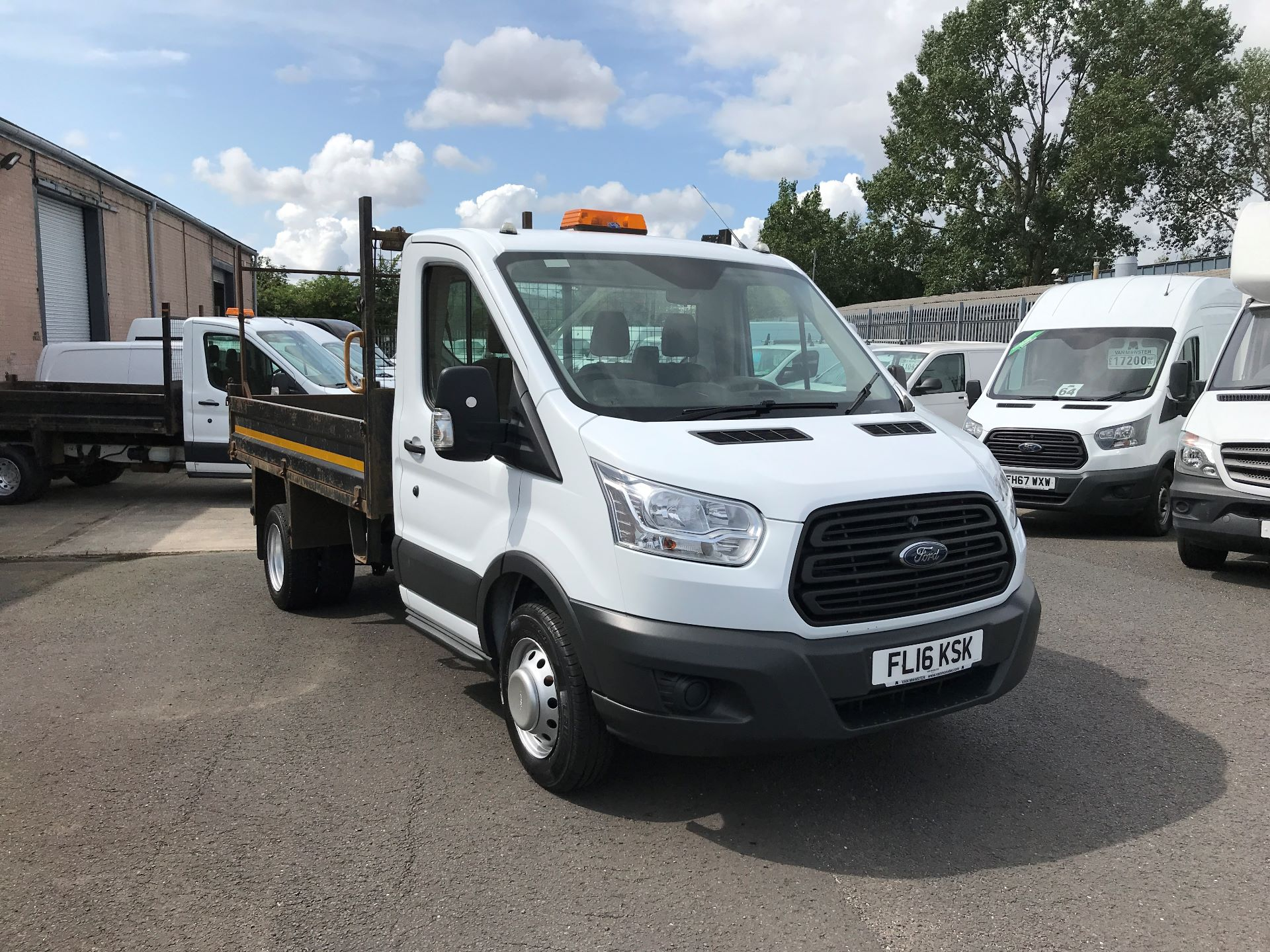 2016 Ford Transit  350 L2 SINGLE CAB TIPPER 125PS EURO 5 (FL16KSK)