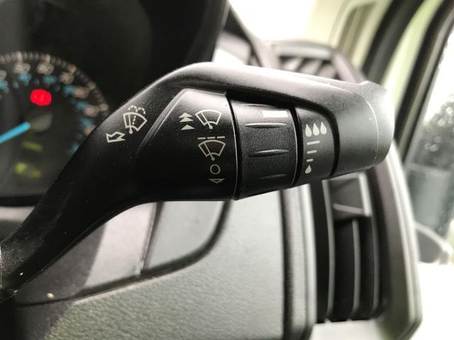 2016 Ford Transit  T350 SINGLE CAB TIPPER 125PS EURO 5 (FL16KTV) Image 23