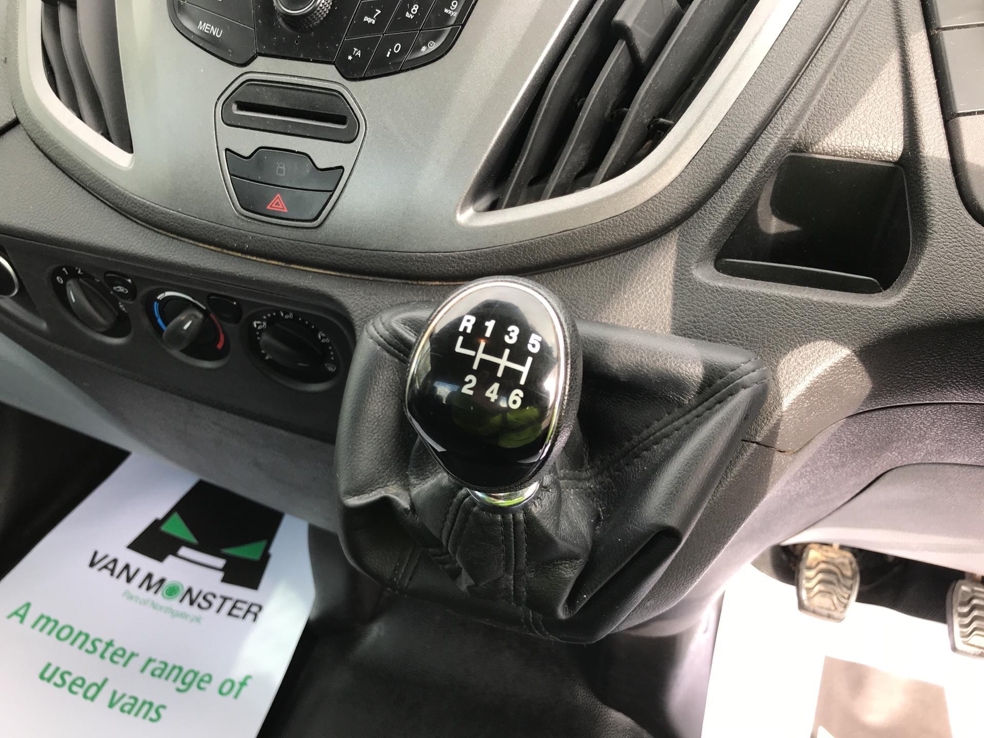 2016 Ford Transit  350 L2 SINGLE CAB TIPPER 125PS EURO 5 (FL16KUN) Image 11
