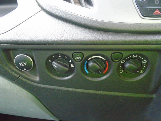 2016 Ford Transit  350 L2 SINGLE CAB TIPPER 125PS EURO 5 (FL16KVK) Image 14