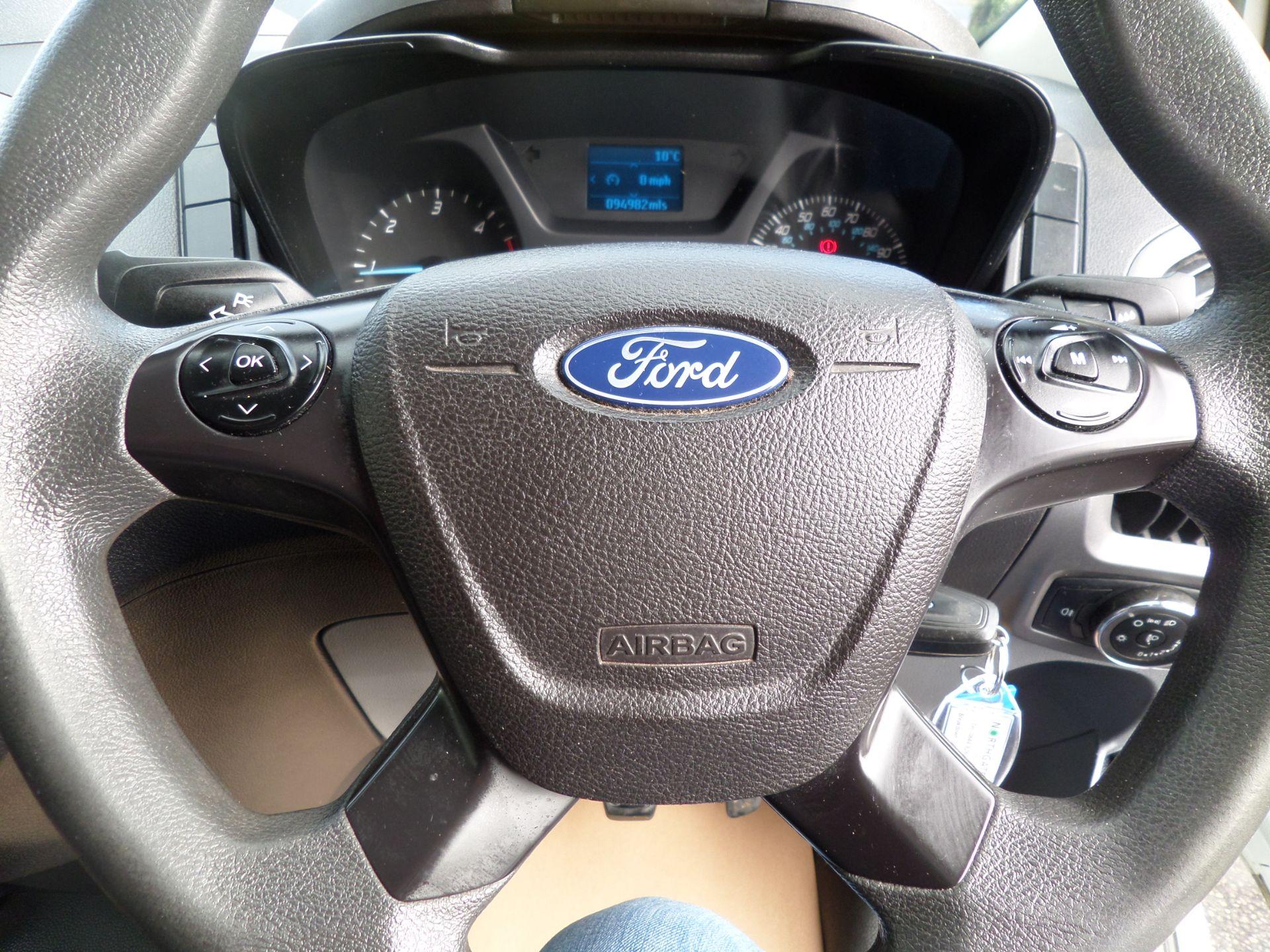2017 Ford Transit Custom 2.0 Tdci 105Ps Low Roof D/Cab Van Euro 6 (FL17VJO) Image 16