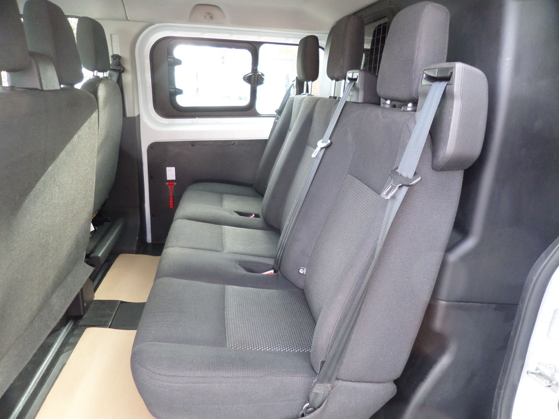 2017 Ford Transit Custom 2.0 Tdci 105Ps Low Roof D/Cab Van Euro 6 (FL17VJO) Image 8