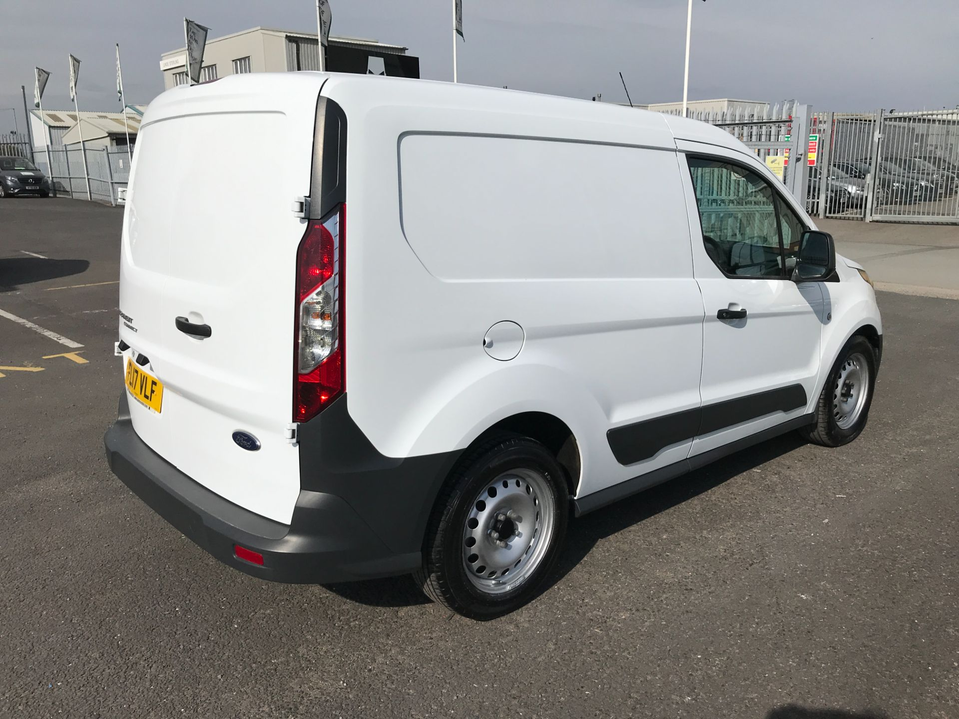 2017 Ford Transit Connect T200 L1 H1 1.5TDCI 75PS EURO 6  (FL17VLF) Image 7