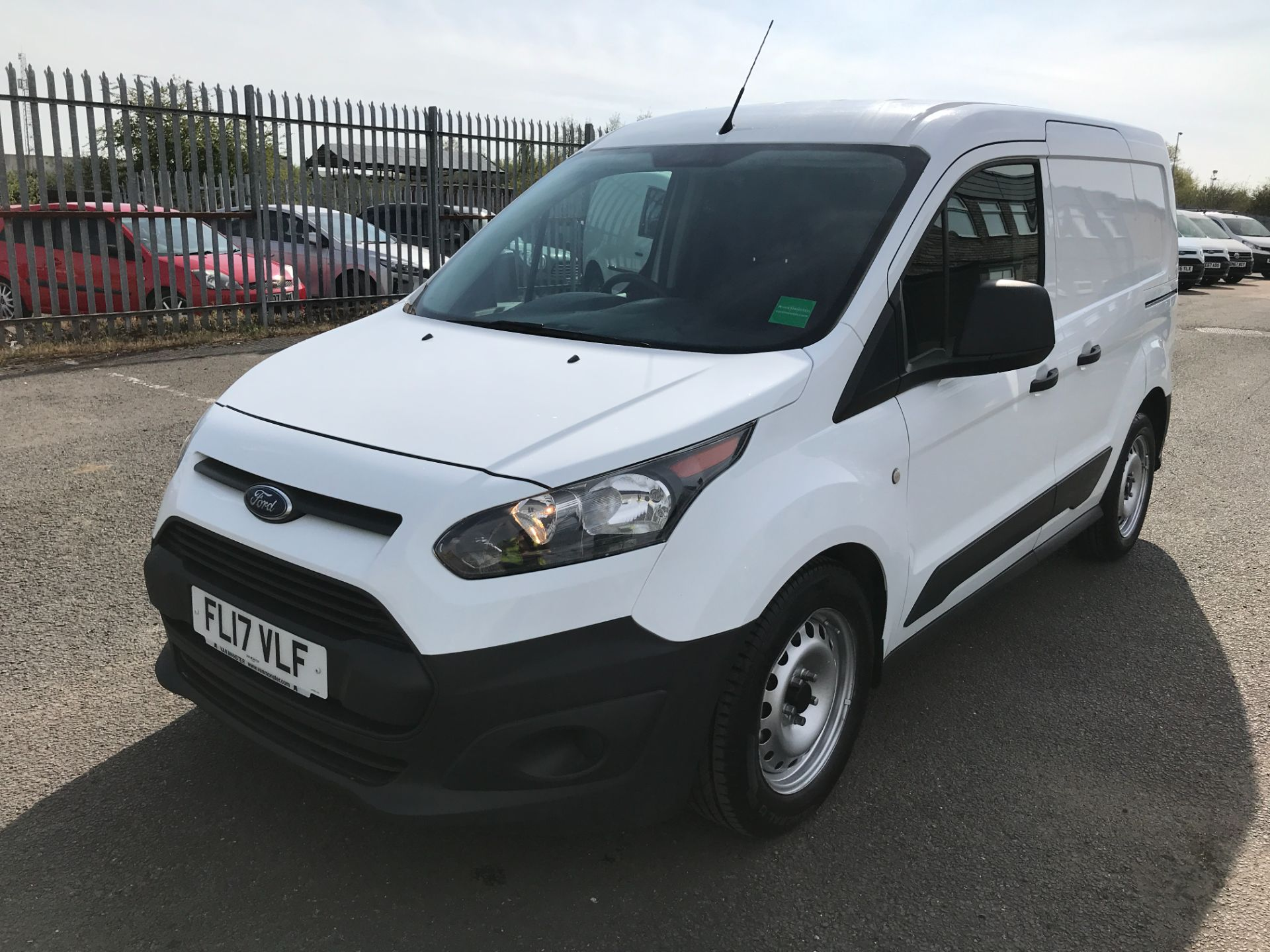 2017 Ford Transit Connect T200 L1 H1 1.5TDCI 75PS EURO 6  (FL17VLF) Image 3