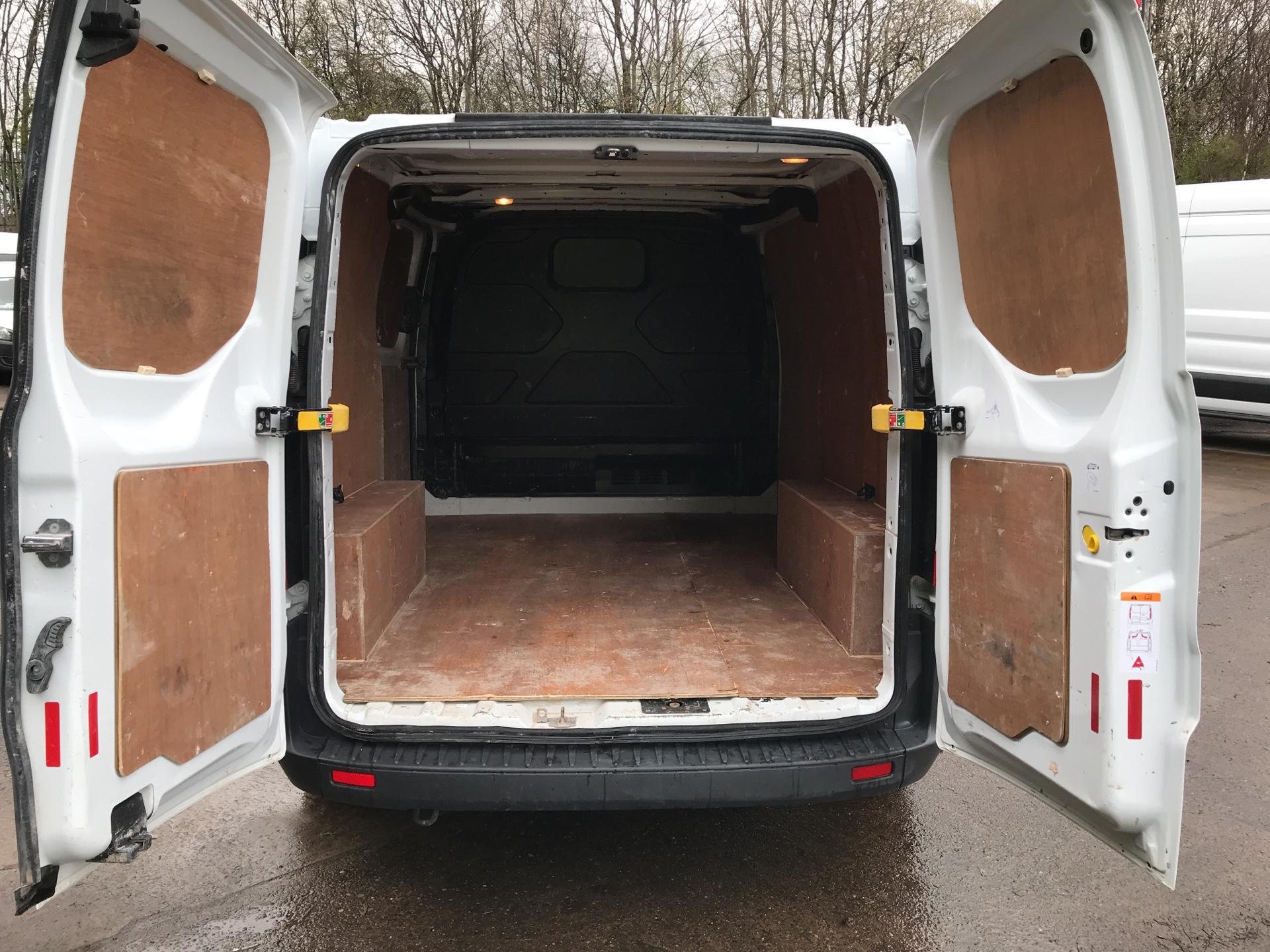 2017 Ford Transit Custom 290 L1 DIESEL FWD 2.0 TDCI 105PS LOW ROOF VAN EURO 6 (FL17VMF) Image 20