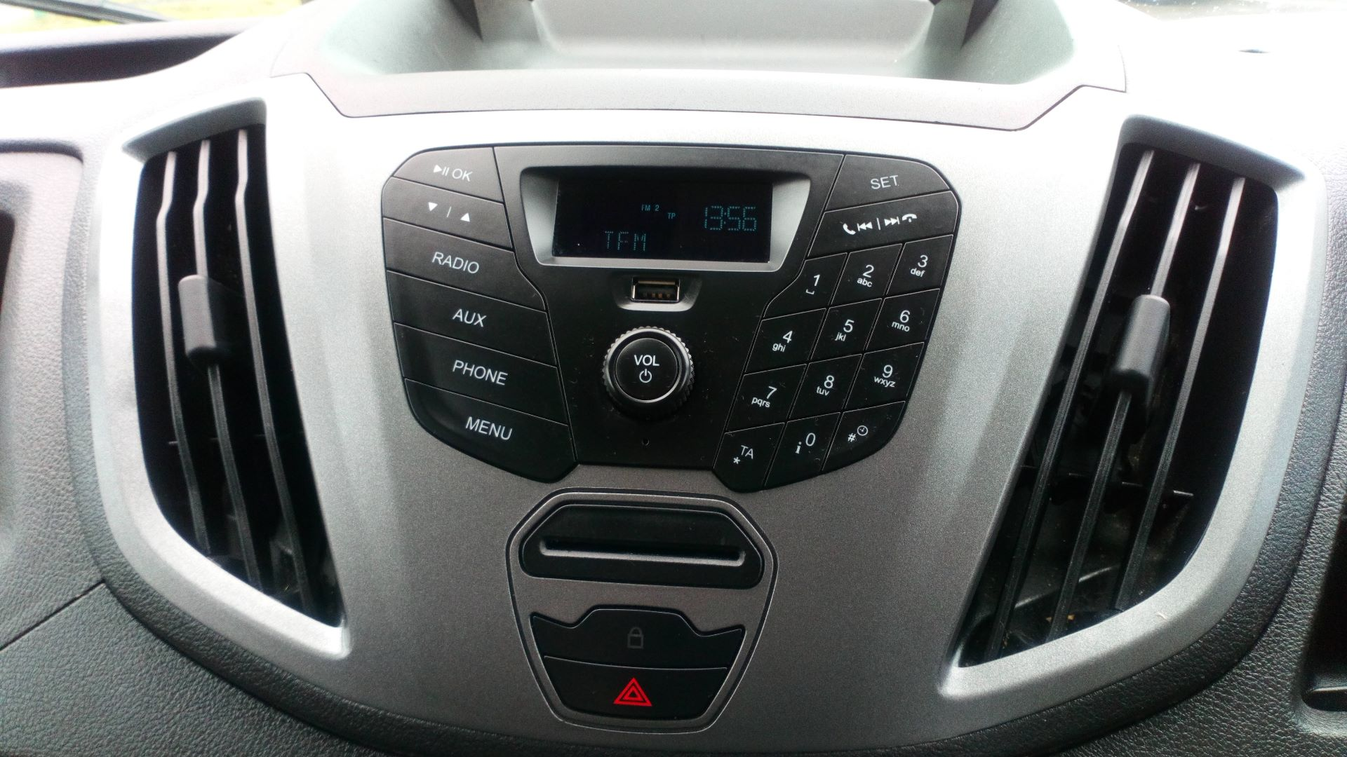 2017 Ford Transit 2.0 Tdci 130Ps H3 Van (FL17VOC) Image 16