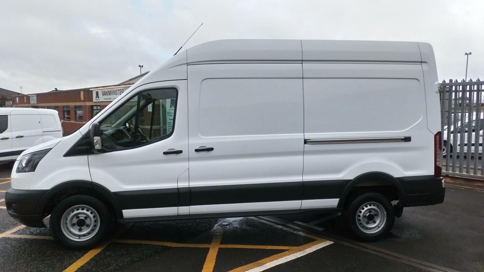 2017 Ford Transit 2.0 Tdci 130Ps H3 Van (FL17VOC) Image 7