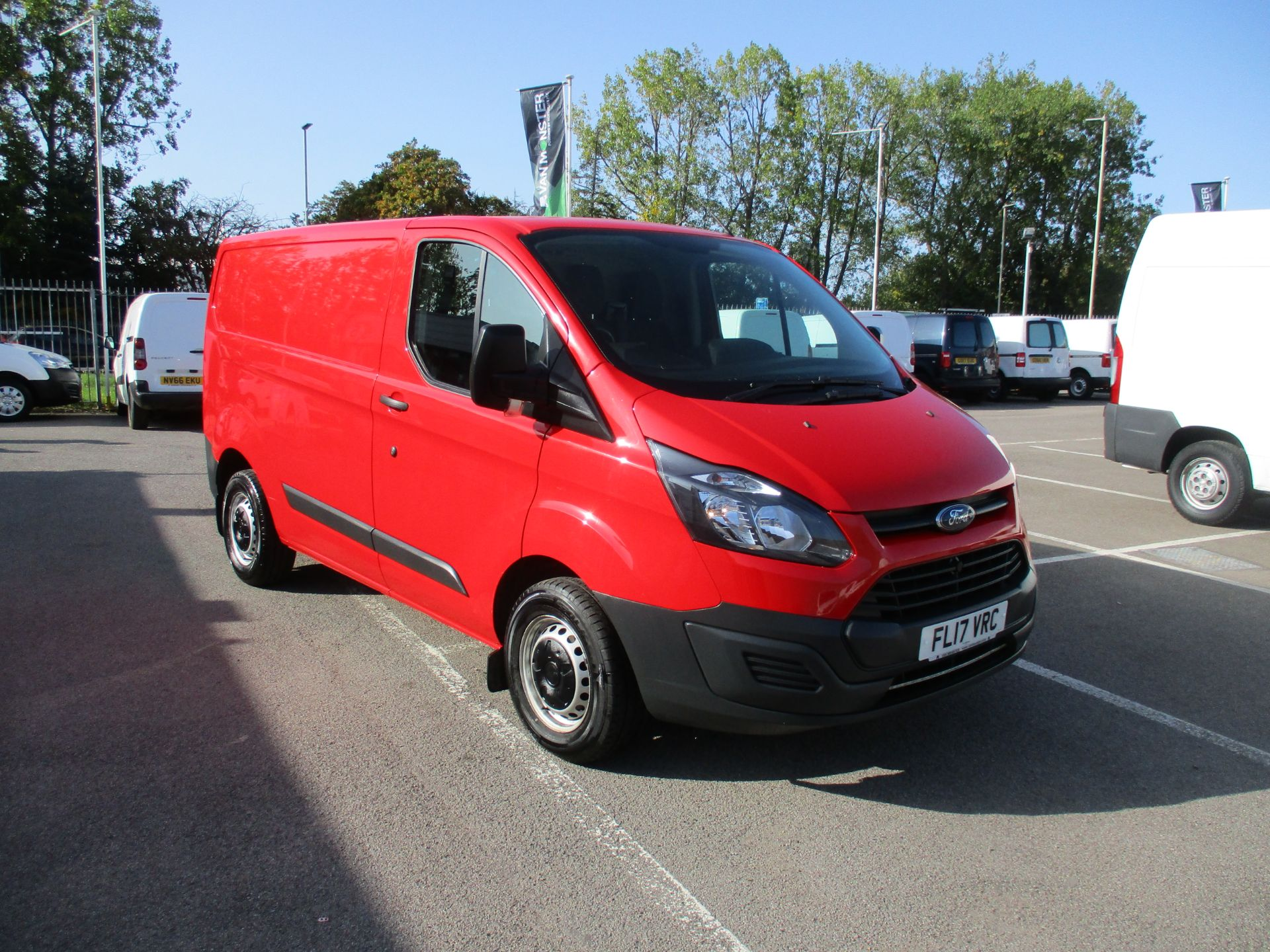 2017 Ford Transit Custom 2.0 Tdci 105Ps Low Roof Van (FL17VRC) Image 1