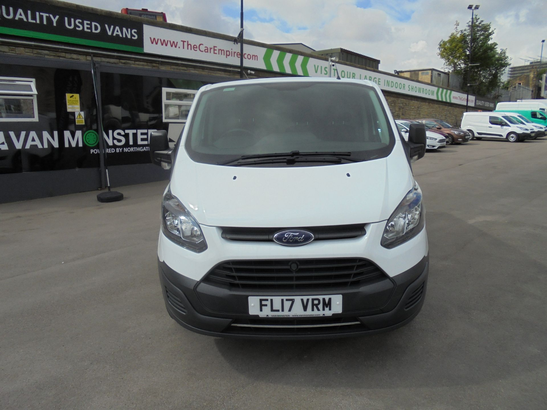 2017 Ford Transit Custom 2.0 Tdci 105Ps Low Roof Van VALUE RANGE VEHICLE CONDITION REFLECTED IN PRICE* (FL17VRM) Image 2