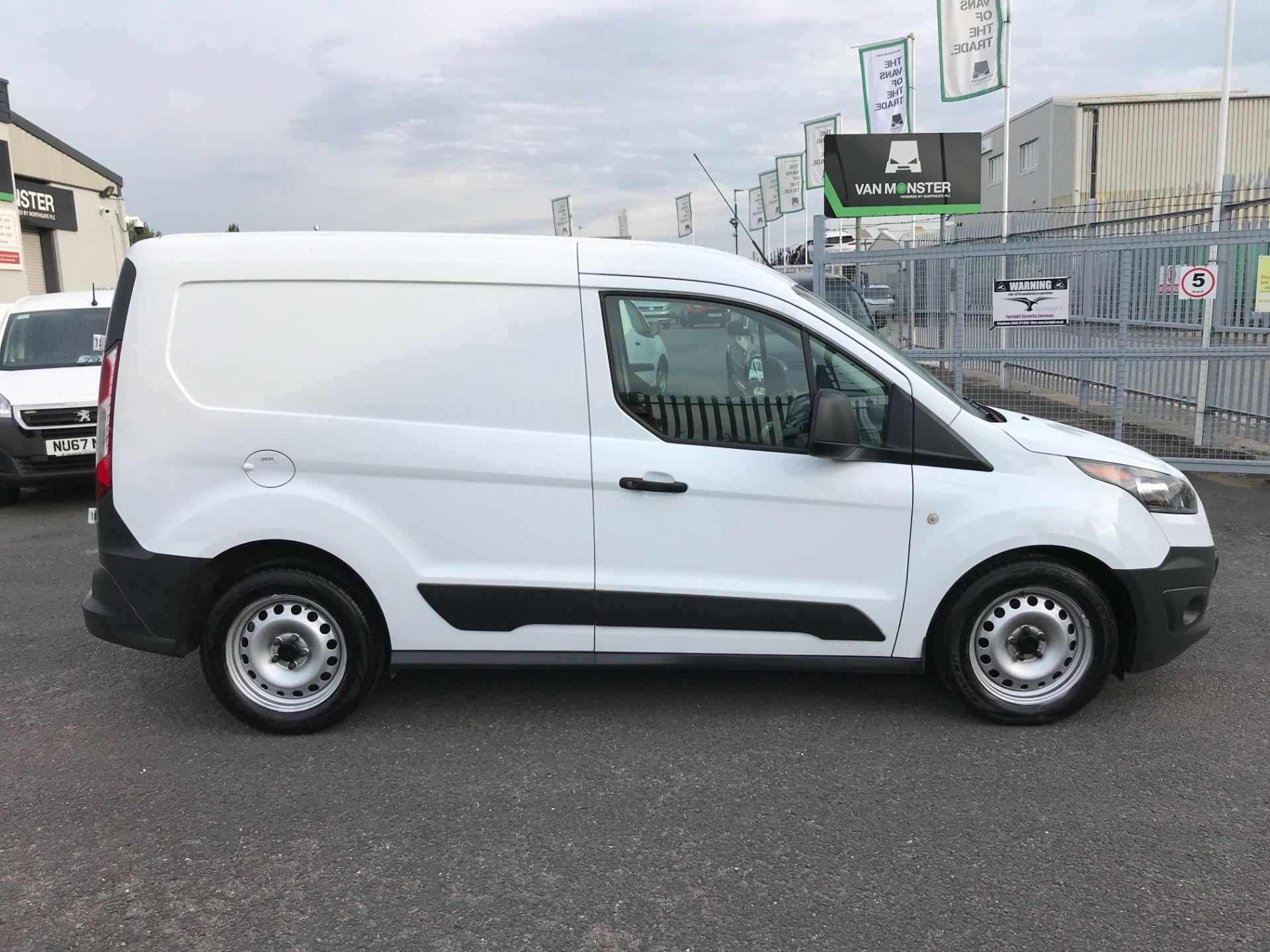 2017 Ford Transit Connect T200 L1 H1 1.5TDCI 75PS EURO 6 (FL17VTG) Image 7
