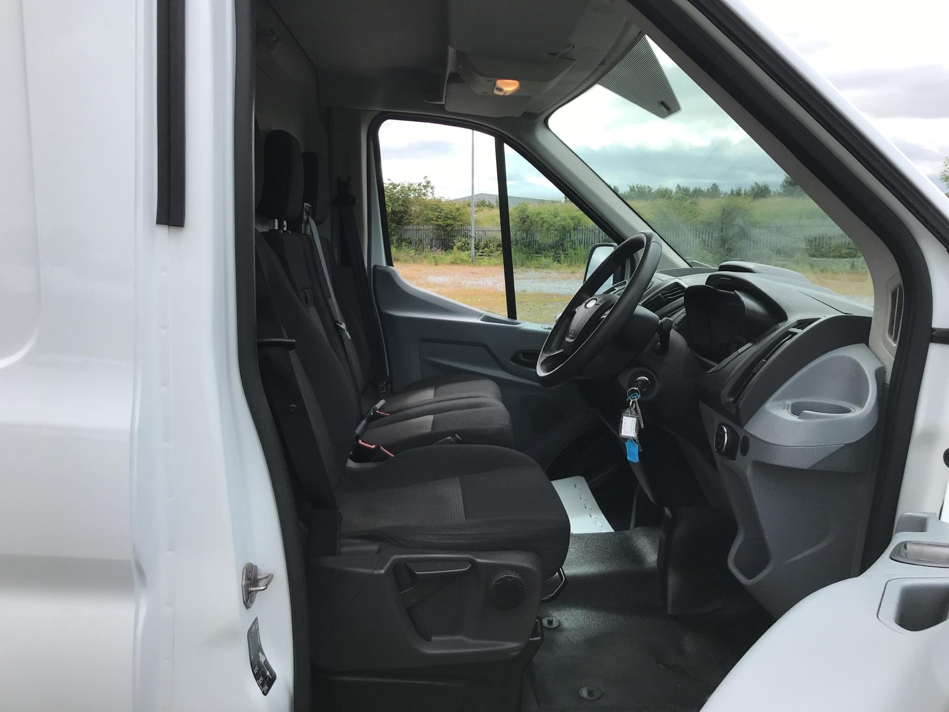 2017 Ford Transit 2.0 Tdci 130Ps H3 Van *VALUE RANGE VEHICLE CONDITION REFLECTED IN PRICE* (FL17VUW) Image 9