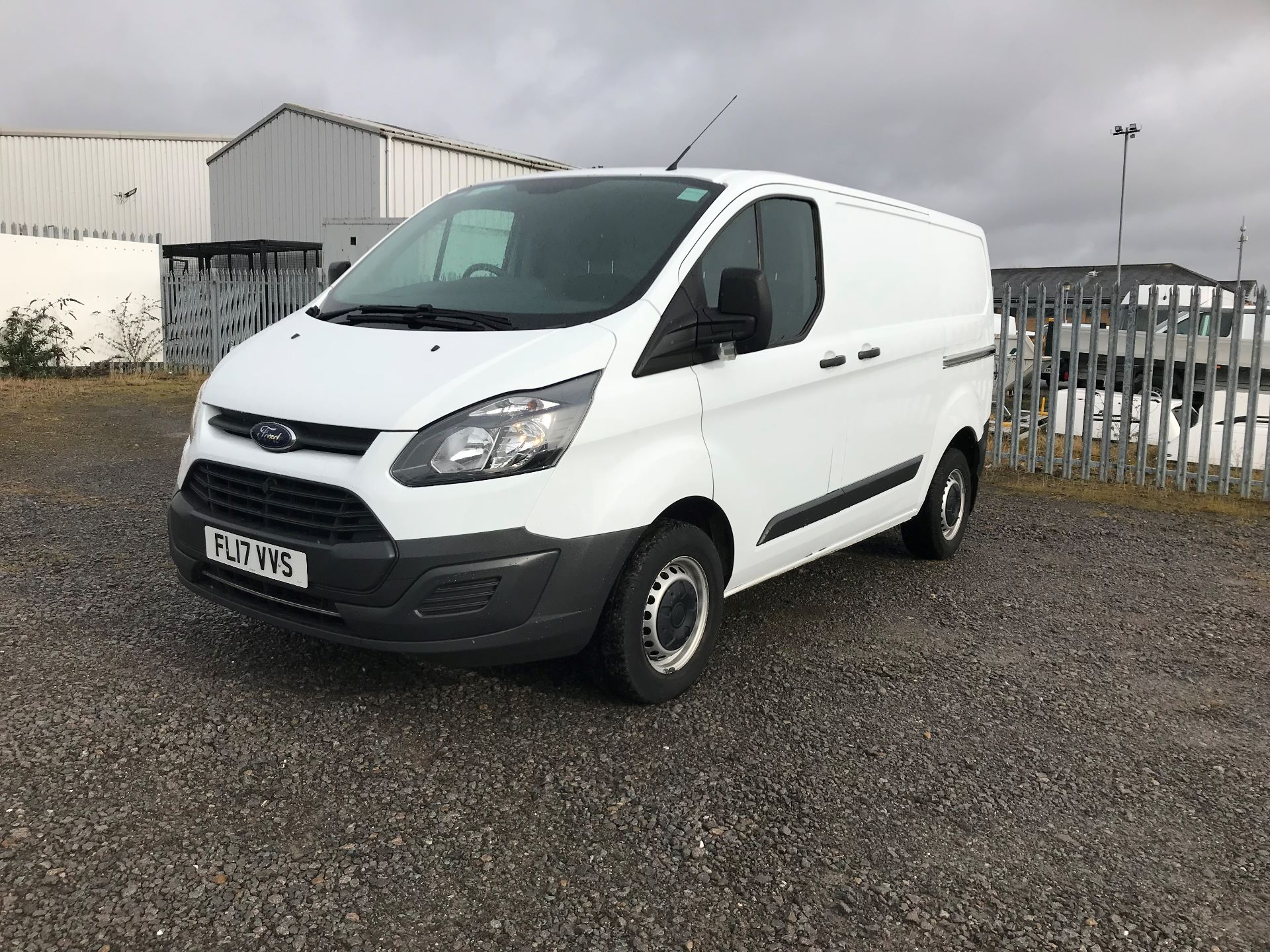 2017 Ford Transit Custom 2.0 Tdci 105Ps Low Roof Van (FL17VVS) Thumbnail 3