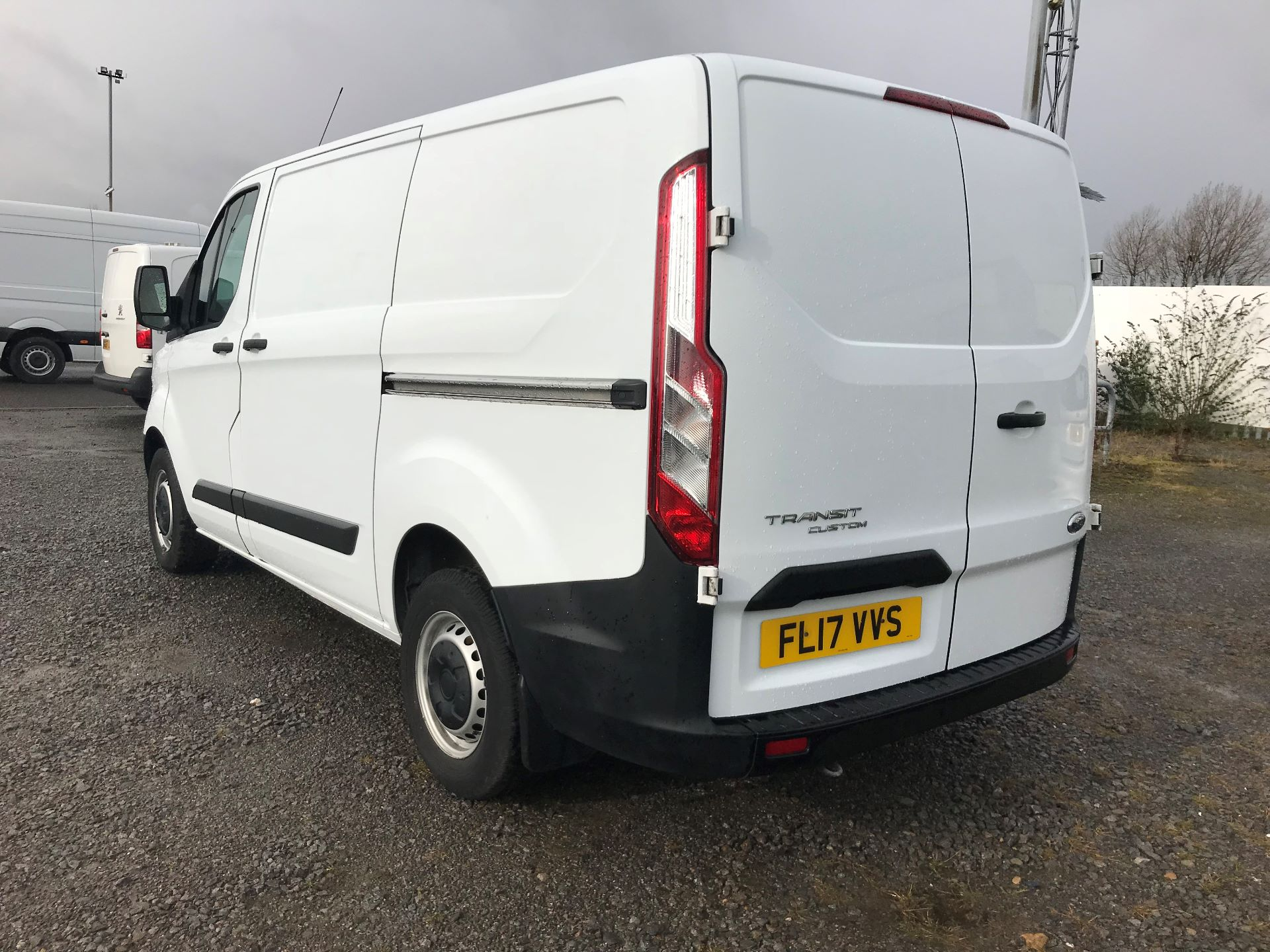 2017 Ford Transit Custom 2.0 Tdci 105Ps Low Roof Van (FL17VVS) Thumbnail 6