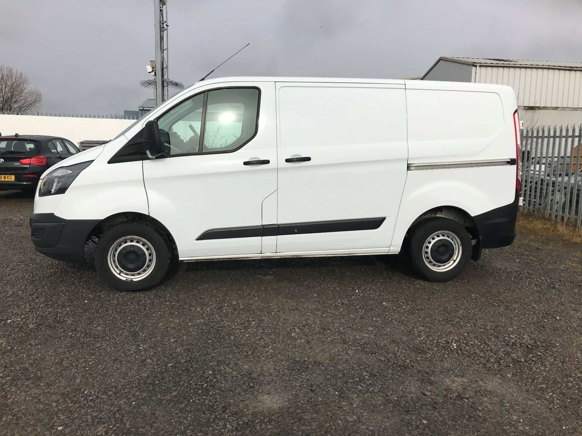 2017 Ford Transit Custom 2.0 Tdci 105Ps Low Roof Van (FL17VVS) Thumbnail 7