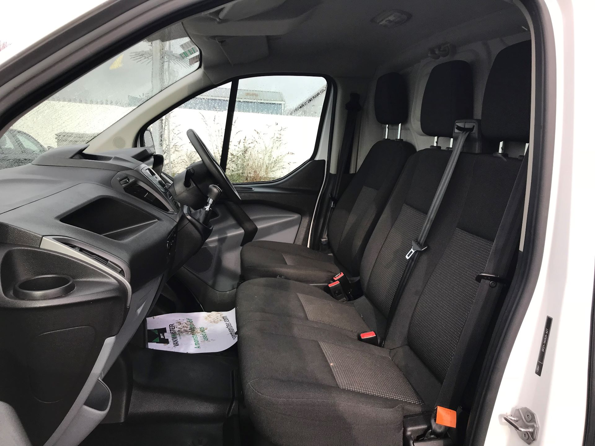 2017 Ford Transit Custom 2.0 Tdci 105Ps Low Roof Van (FL17VVS) Image 17
