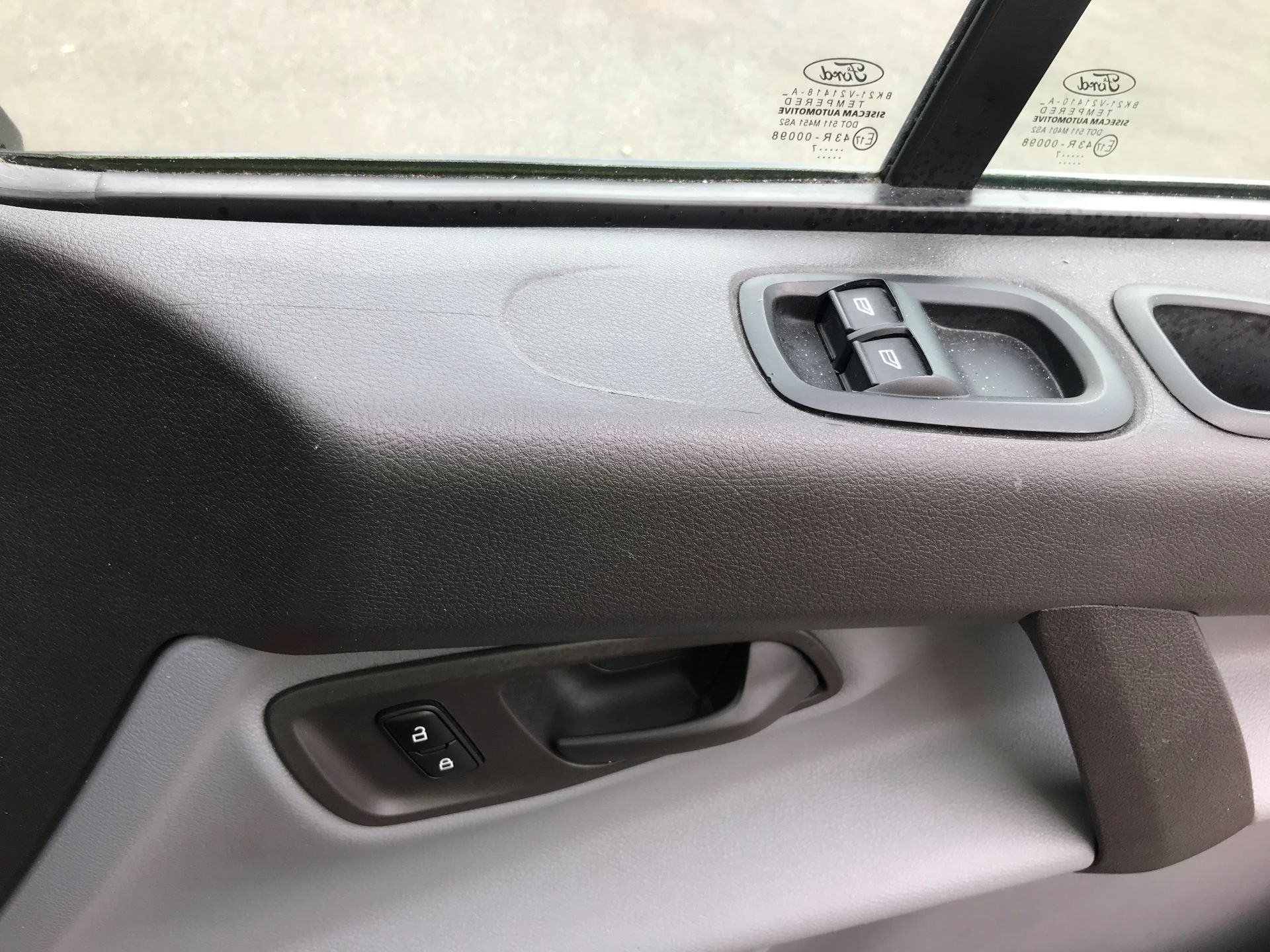 2017 Ford Transit Custom  290 L1 DIESEL FWD 2.0 TDCI 105PS LOW ROOF VAN EURO 6 (FL17VXD) Image 26