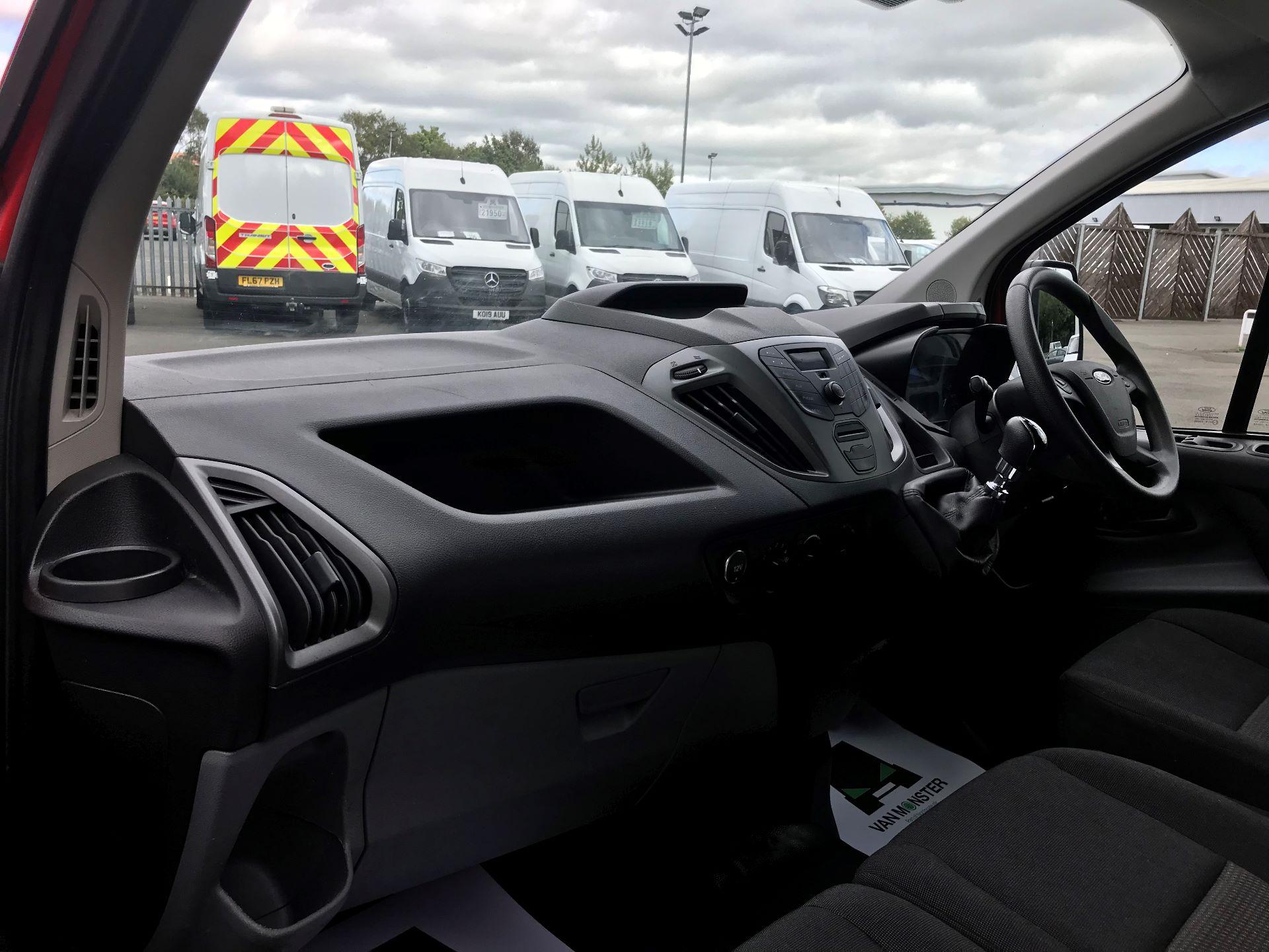 2017 Ford Transit Custom  290 L1 DIESEL FWD 2.0 TDCI 105PS LOW ROOF VAN EURO 6 (FL17VXD) Image 16
