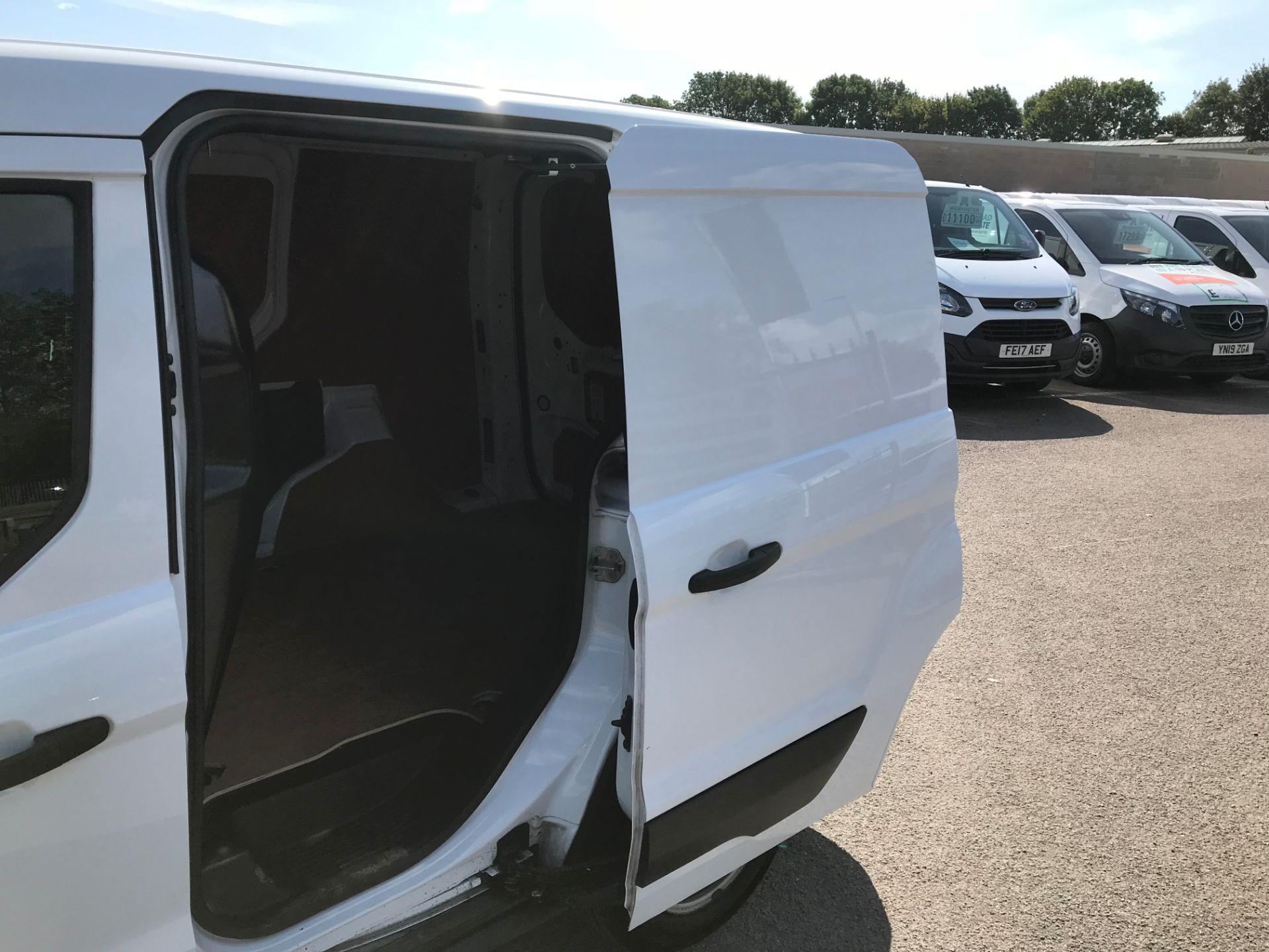 2017 Ford Transit Connect 200 L1 DIESEL 1.5 TDCi 75PS VAN EURO 6 (FL17VXN) Image 8