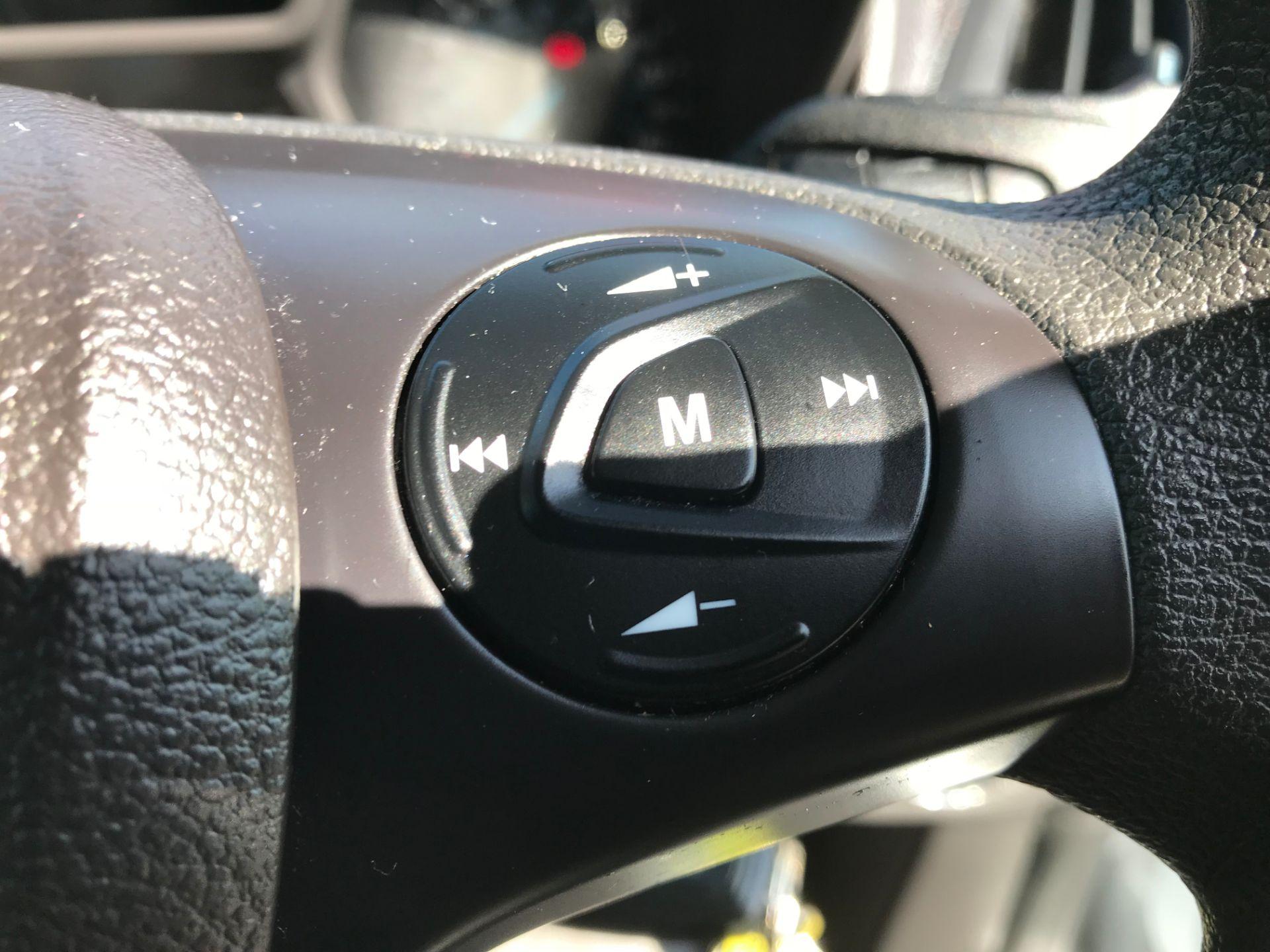 2017 Ford Transit Connect 200 L1 DIESEL 1.5 TDCi 75PS VAN EURO 6 (FL17VXN) Image 20