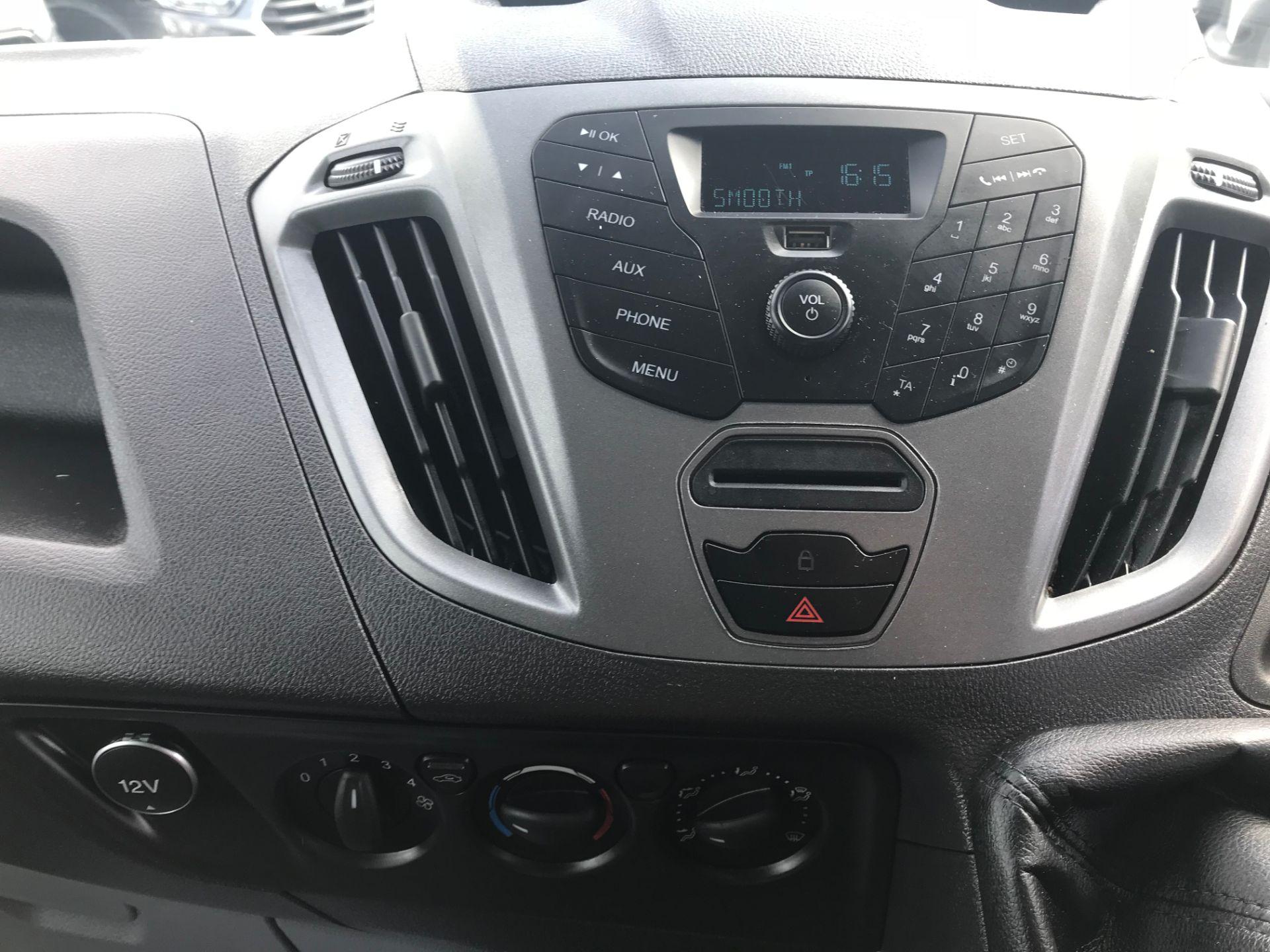 2017 Ford Transit Custom  290 L1 DIESEL FWD 2.0 TDCI 105PS LOW ROOF VAN EURO 6 (FL17WCX) Image 16