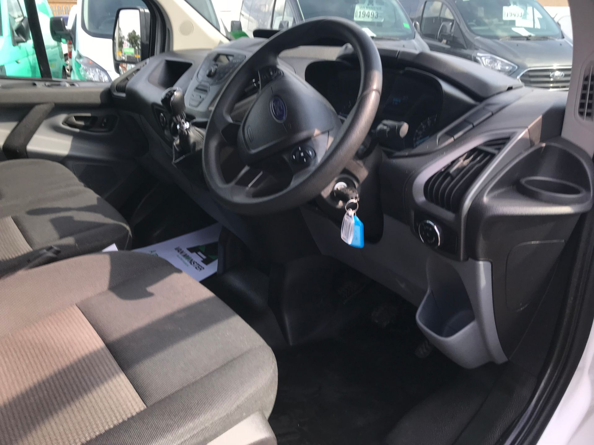 2017 Ford Transit Custom  290 L1 DIESEL FWD 2.0 TDCI 105PS LOW ROOF VAN EURO 6 (FL17WCX) Image 12
