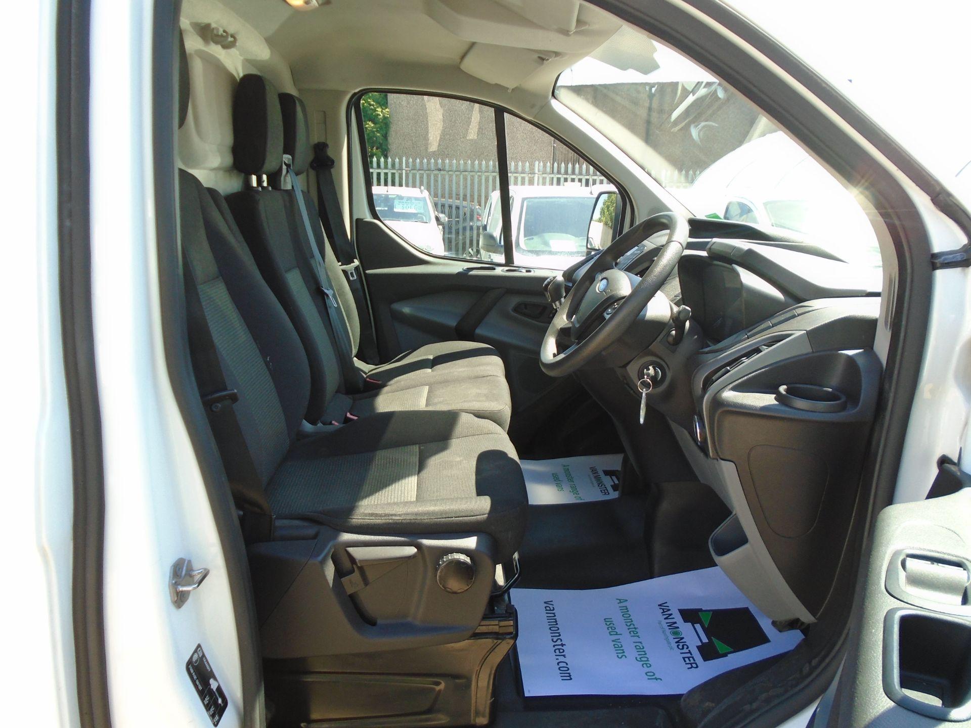 2017 Ford Transit Custom 2.0 Tdci 105Ps Low Roof Van (FL17WEO) Image 16