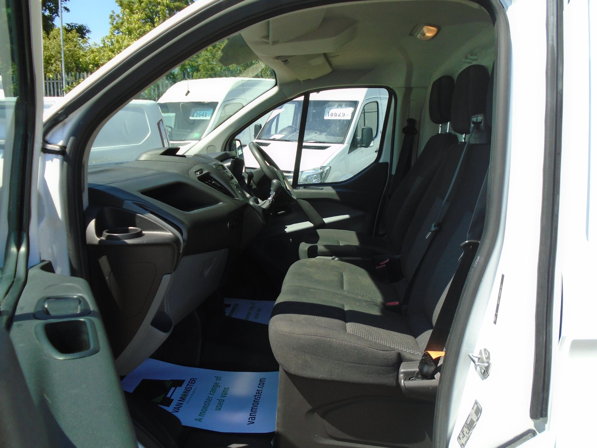 2017 Ford Transit Custom 2.0 Tdci 105Ps Low Roof Van (FL17WEO) Image 15