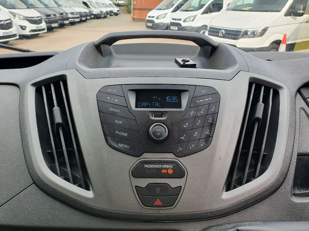 2018 Ford Transit 460 ECONETIC TECH 2.2 Tdci 125Ps H3 17 Seater (FL18EOK) Image 8
