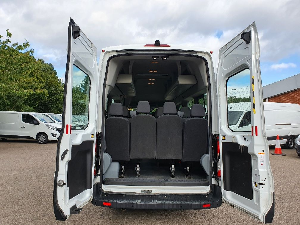 2018 Ford Transit 460 ECONETIC TECH 2.2 Tdci 125Ps H3 17 Seater (FL18EOK) Image 12