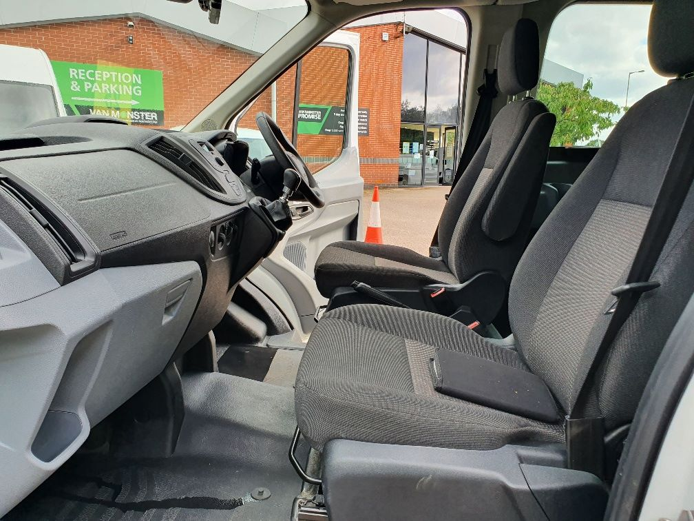 2018 Ford Transit 460 ECONETIC TECH 2.2 Tdci 125Ps H3 17 Seater (FL18EOK) Image 17