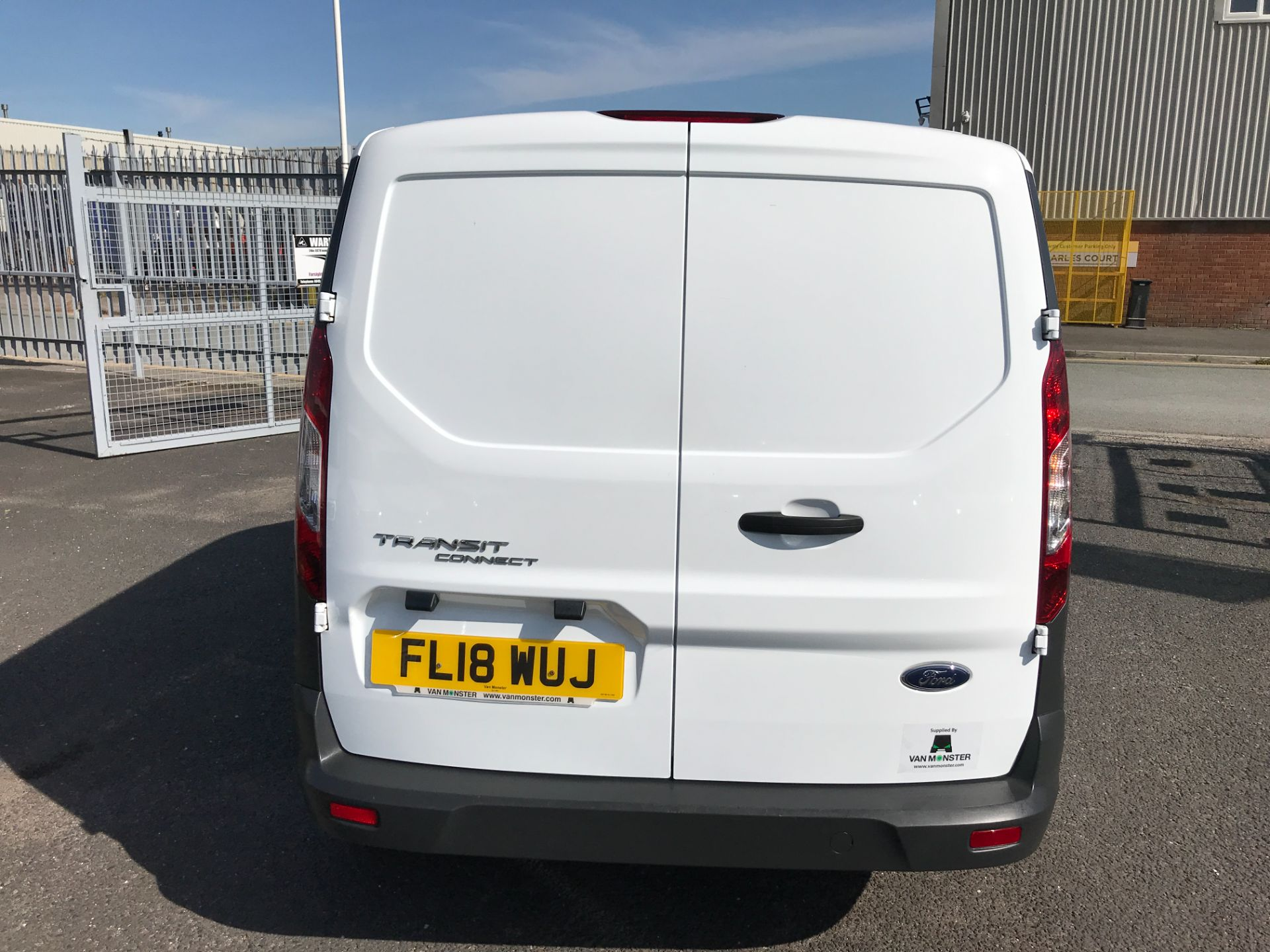 2018 Ford Transit Connect T200 L1 H1 1.5TDCI 75PS EURO 6 (FL18WUJ) Image 9