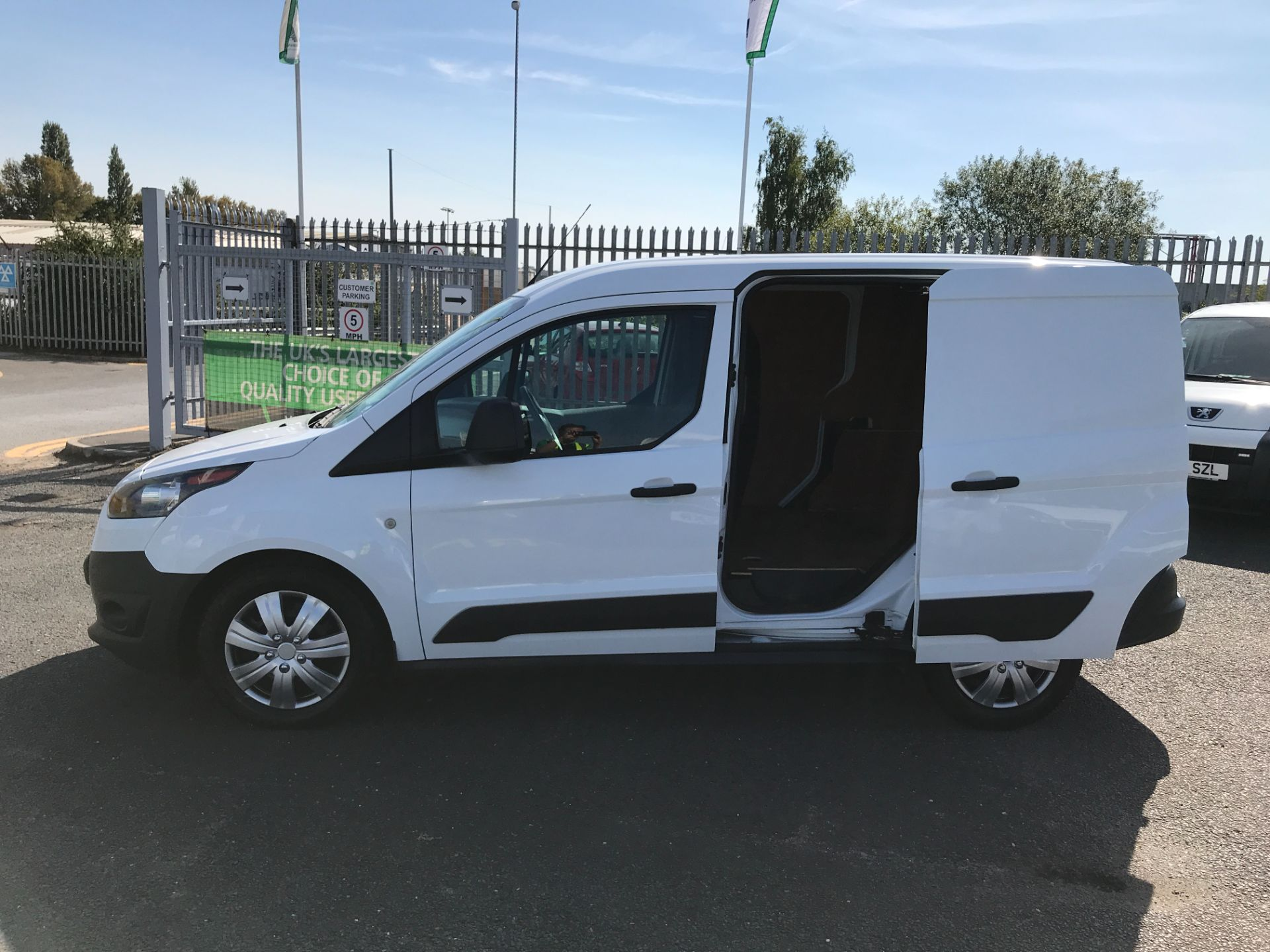 2018 Ford Transit Connect T200 L1 H1 1.5TDCI 75PS EURO 6 (FL18WUJ) Image 18