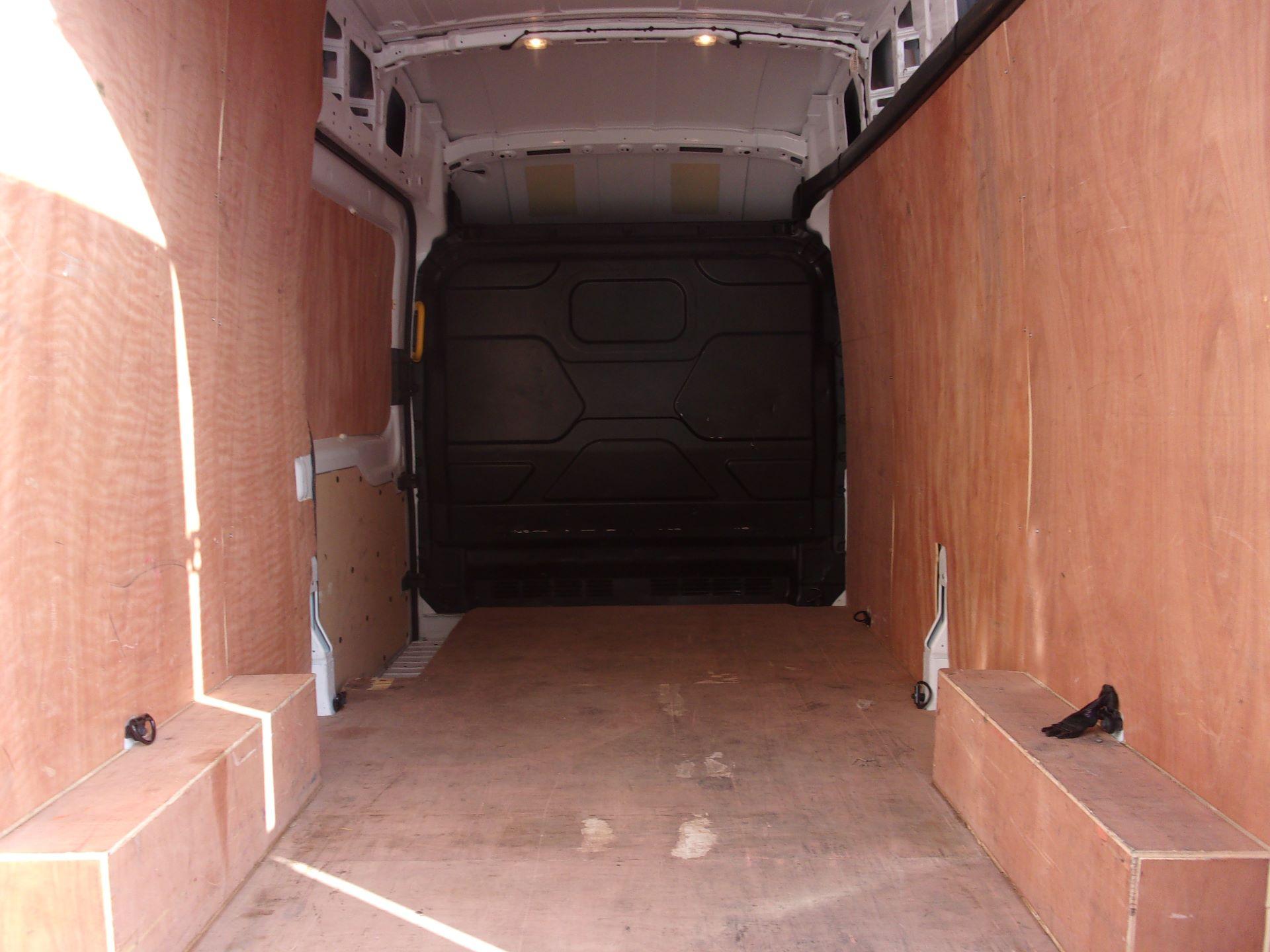 2018 Ford Transit 350 L3 H3 130PS VAN EURO 6 (FL18WVT) Image 18