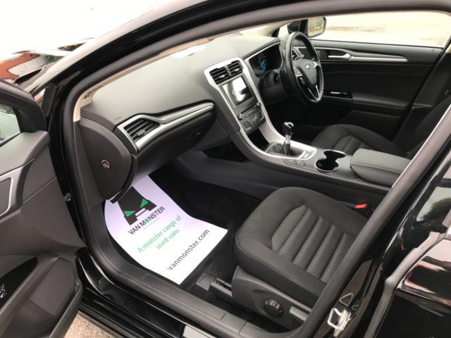 2018 Ford Mondeo 2.0 Tdci Econetic Zetec 5Dr [Nav] (FL18XAB) Image 33