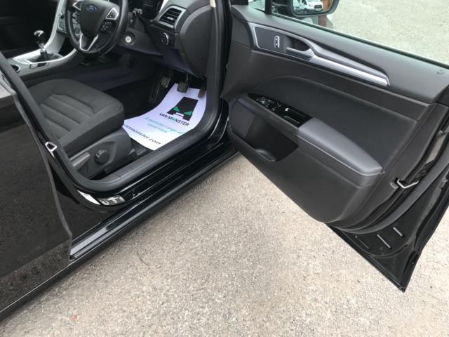 2018 Ford Mondeo 2.0 Tdci Econetic Zetec 5Dr [Nav] (FL18XAB) Image 13