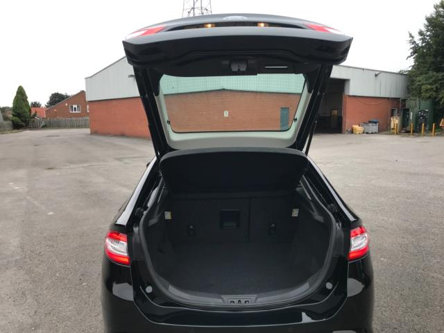 2018 Ford Mondeo 2.0 Tdci Econetic Zetec 5Dr [Nav] (FL18XAB) Image 52